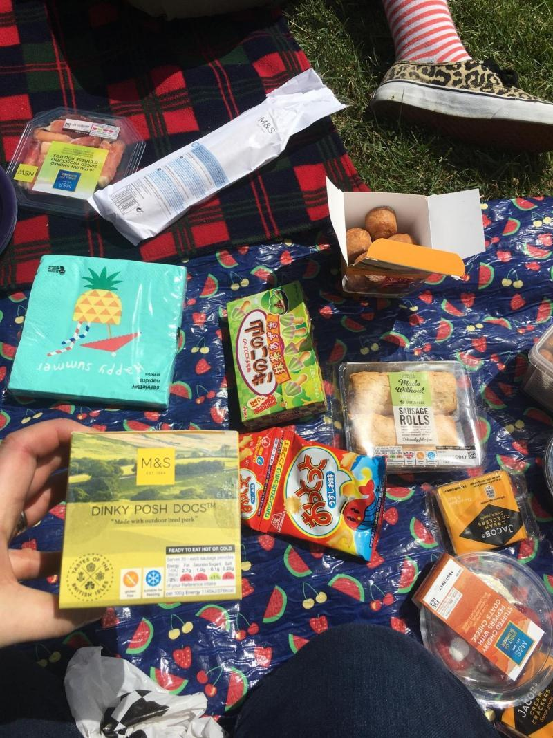 adventures of a gluten free globetrekker Picnic at Kew Gardens