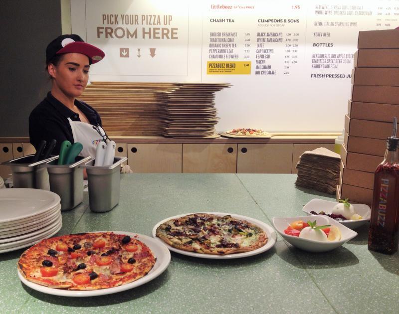 adventures of a gluten free globetrekker Gluten Free Pizza Buzz